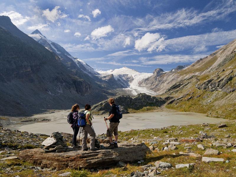 Blick auf eine alpine Wunderlandschaft