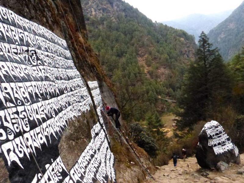 Der Khumbu putzt sich heraus